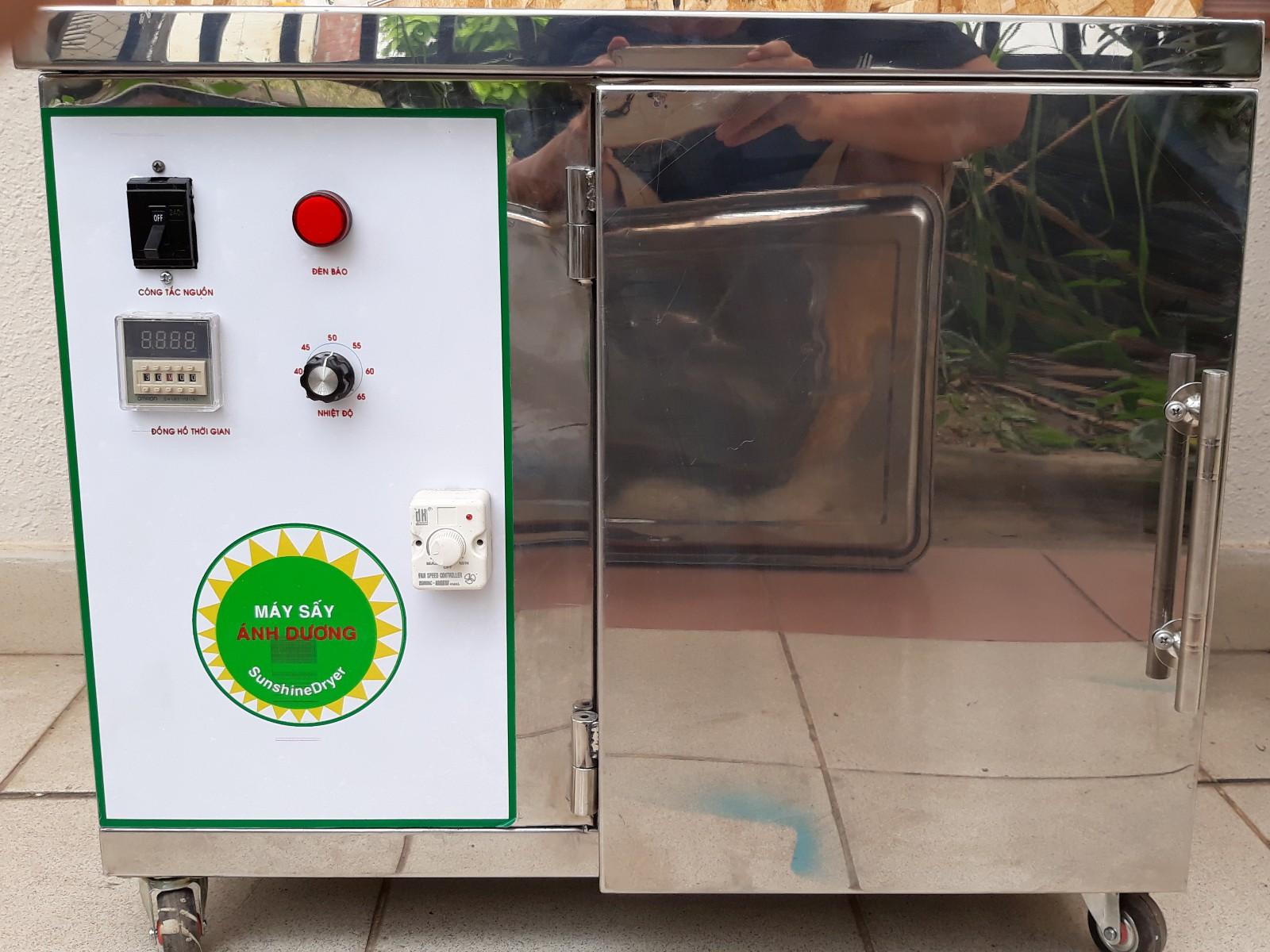 Máy sấy thực phẩm bằng điện của Hai Tấn